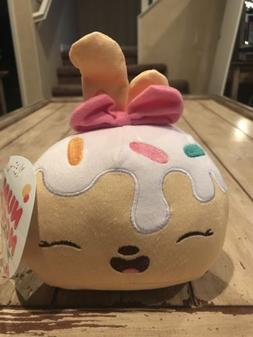 NEW Num Noms Plush Toy Cupcake Birthday Cake Sprinkles Bow C